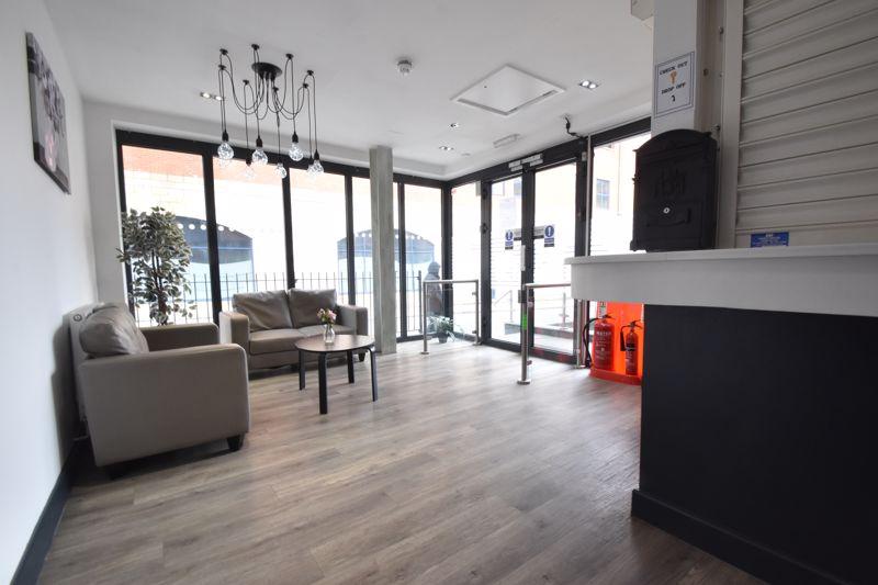 1 bedroom Flat to buy in Chapel Street, Luton - Photo 10