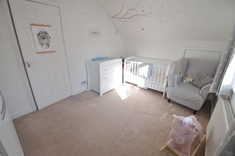 3 bedroom Semi-Detached  to buy in Alwyn Close, Luton - Photo 21