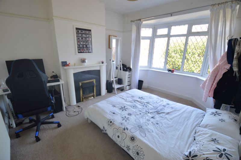 3 bedroom Semi-Detached  to buy in Alwyn Close, Luton - Photo 20