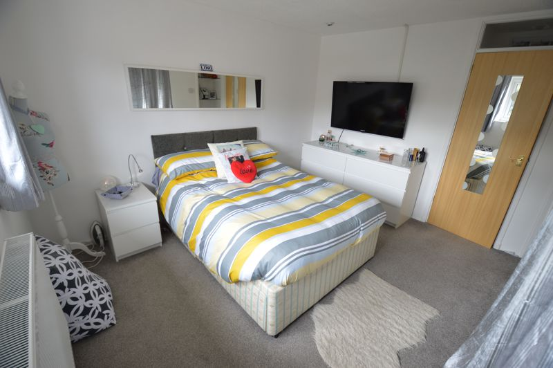 3 bedroom End Terrace to buy in Littlechurch Road, Luton - Photo 8