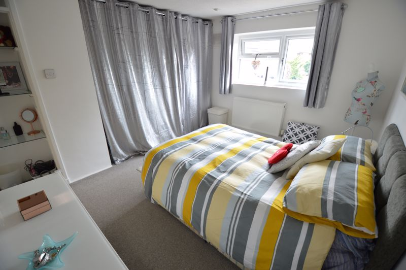 3 bedroom End Terrace to buy in Littlechurch Road, Luton - Photo 9