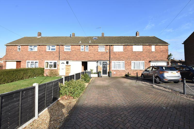 3 bedroom Mid Terrace to buy in Carteret Road, Luton