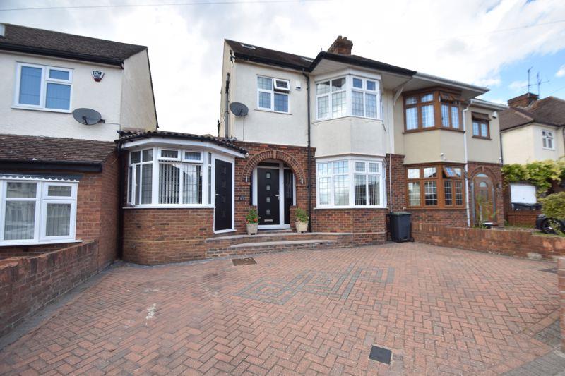 6 bedroom Semi-Detached  to buy in Kingsdown Avenue, Luton