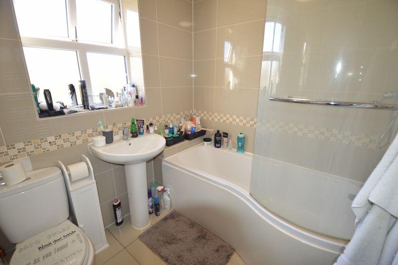 1 bedroom End Terrace to rent in Albert Road, Luton - Photo 1