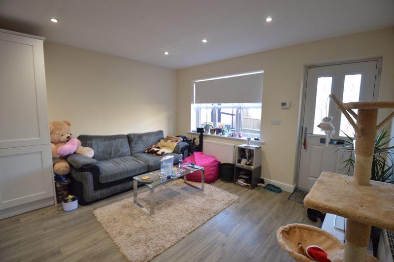 1 bedroom End Terrace to rent in Albert Road, Luton - Photo 9