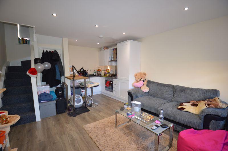 1 bedroom End Terrace to rent in Albert Road, Luton - Photo 10