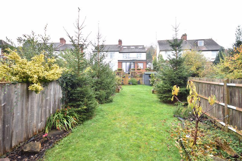 3 bedroom  to buy in Wardown Crescent, Luton - Photo 16