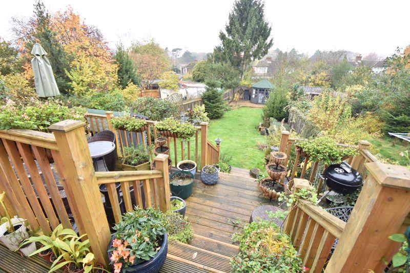 3 bedroom  to buy in Wardown Crescent, Luton - Photo 18