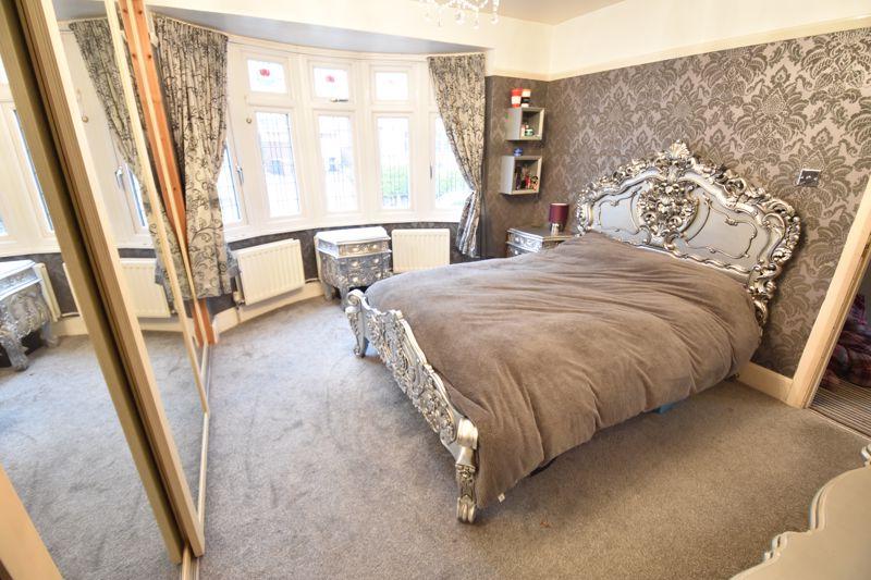 3 bedroom  to buy in Wardown Crescent, Luton - Photo 20