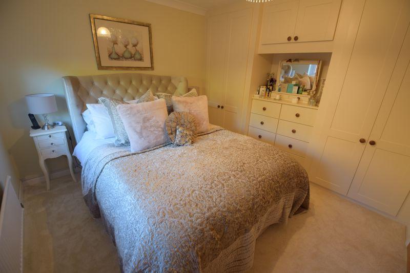 4 bedroom Detached  to buy in Ryefield, Luton - Photo 23