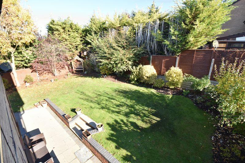 4 bedroom Detached  to buy in Ryefield, Luton - Photo 6