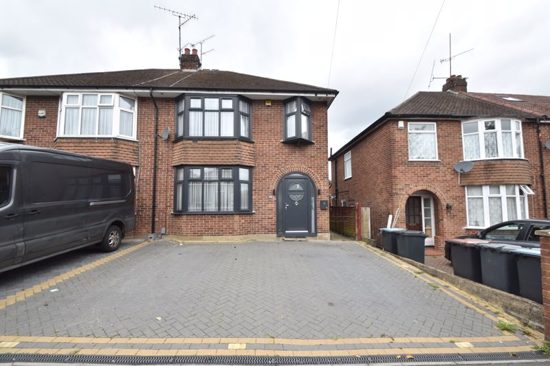 4 bedroom Semi-Detached  to buy in Humberstone Road, Luton