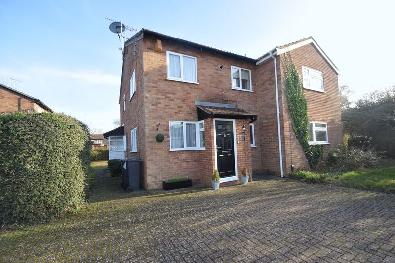 1 bedroom End Terrace to buy in Speedwell Close, Luton