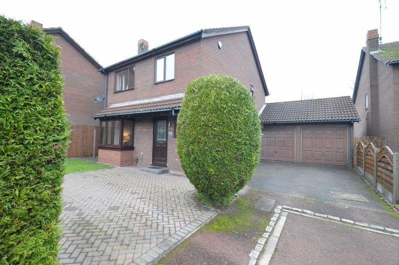 4 bedroom Detached  to buy in Harbury Dell, Luton