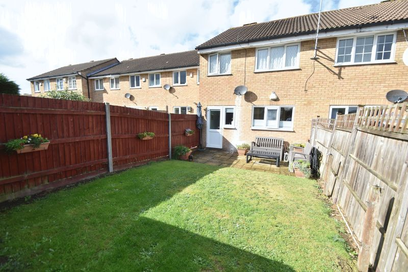 1 bedroom  to buy in Claverley Green, Luton - Photo 2