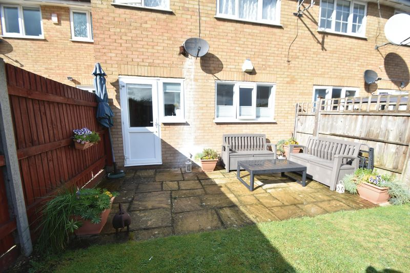 1 bedroom  to buy in Claverley Green, Luton - Photo 3