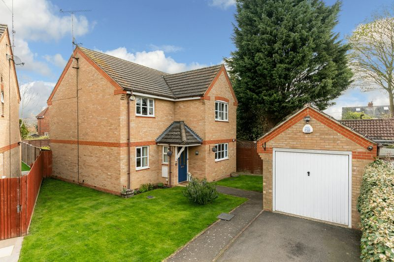 4 bedroom  to buy in Mossman Drive, Luton
