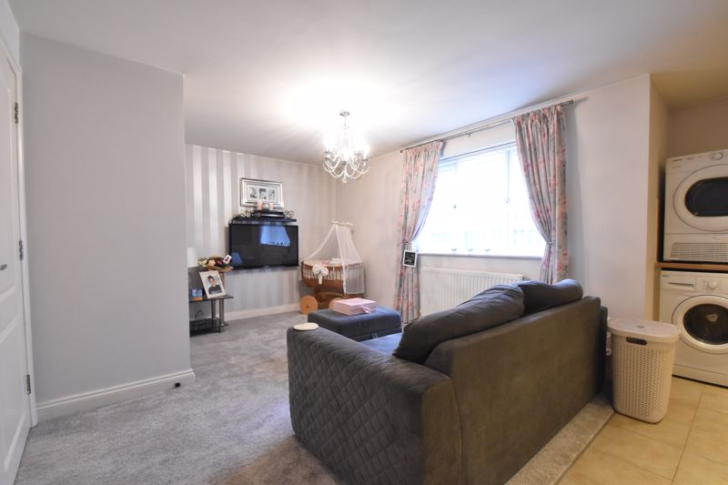 1 bedroom Flat to buy in South Road, Luton - Photo 9