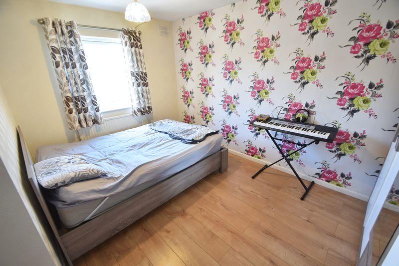 3 bedroom Detached  to rent in Raynham Way, Luton - Photo 16