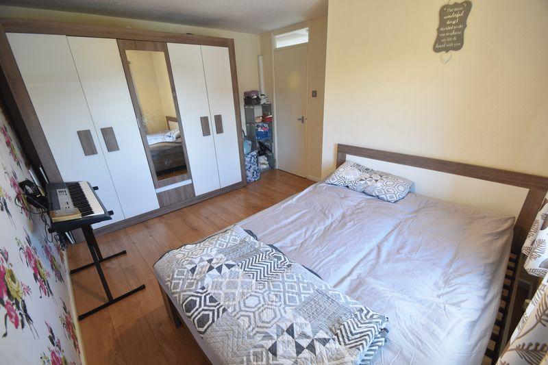 3 bedroom Detached  to rent in Raynham Way, Luton - Photo 17