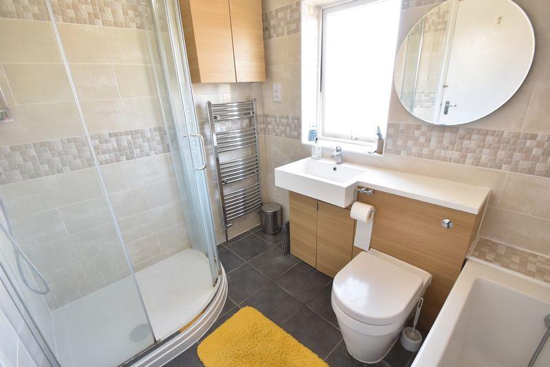 3 bedroom Detached  to rent in Raynham Way, Luton - Photo 18