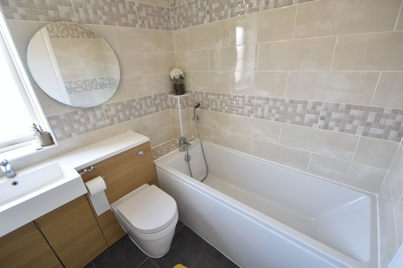 3 bedroom Detached  to rent in Raynham Way, Luton - Photo 21