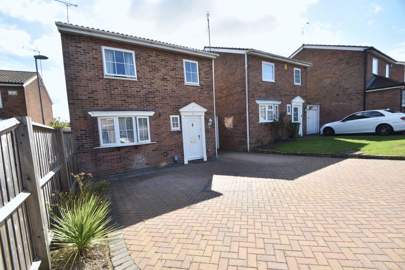 3 bedroom Detached  to rent in Raynham Way, Luton - Photo 24