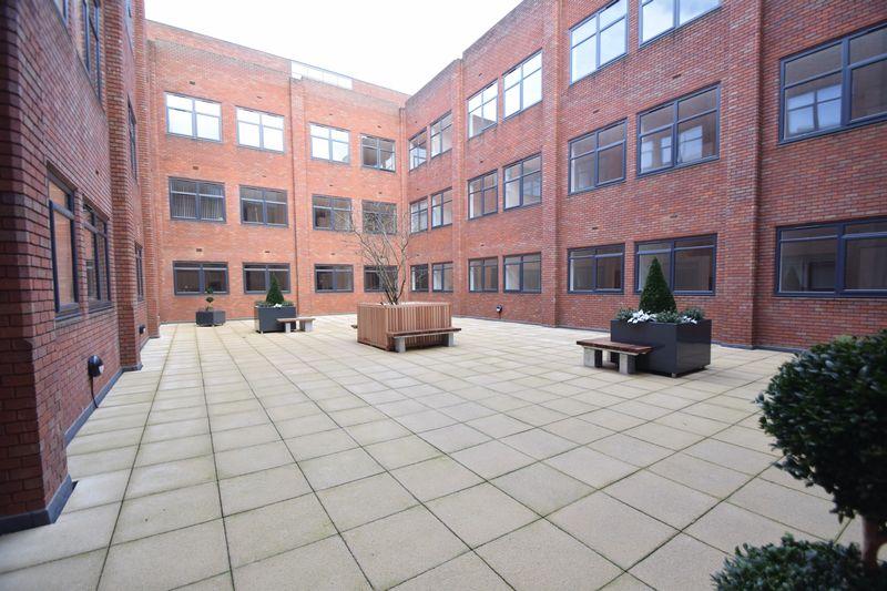 0 bedroom Flat to rent in Park Street West, Luton