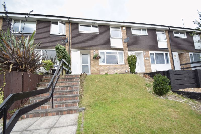 3 bedroom Mid Terrace to buy in Devon Road, Luton