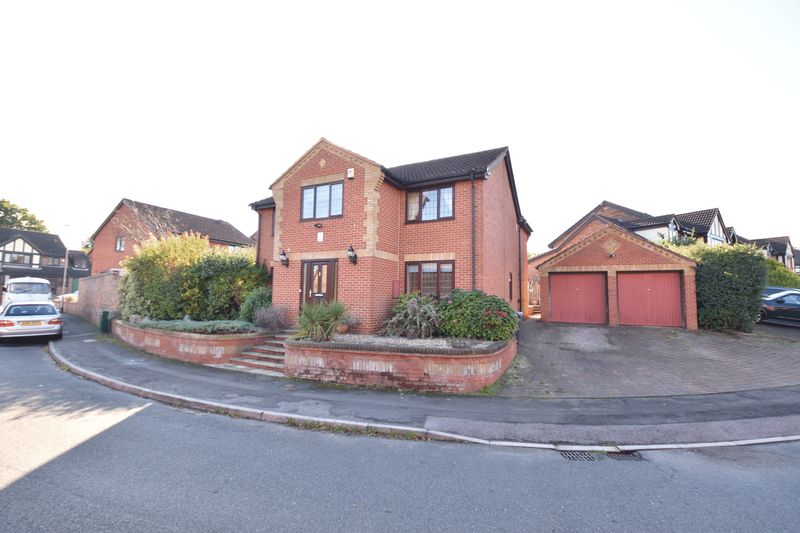 4 bedroom Detached  to buy in Ditton Green, Luton