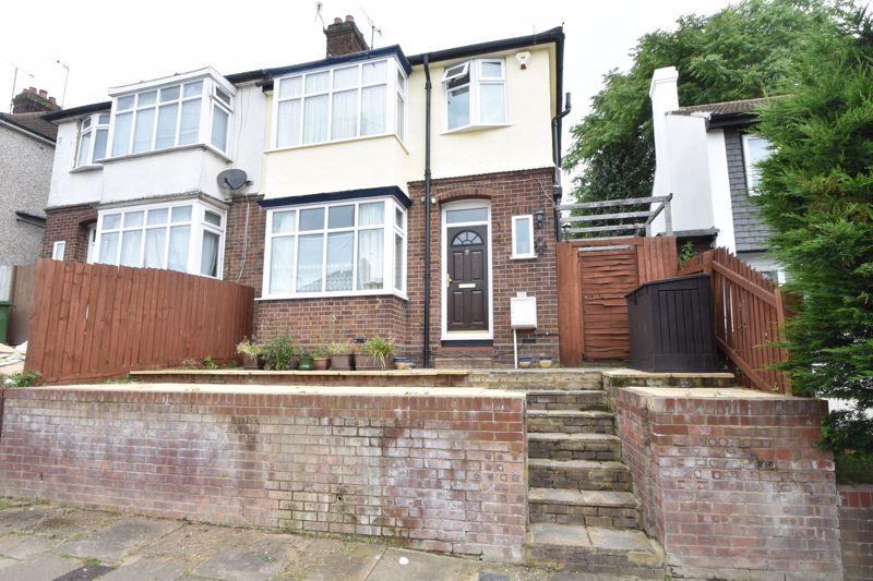 3 bedroom Semi-Detached  to buy in Milton Road, Luton
