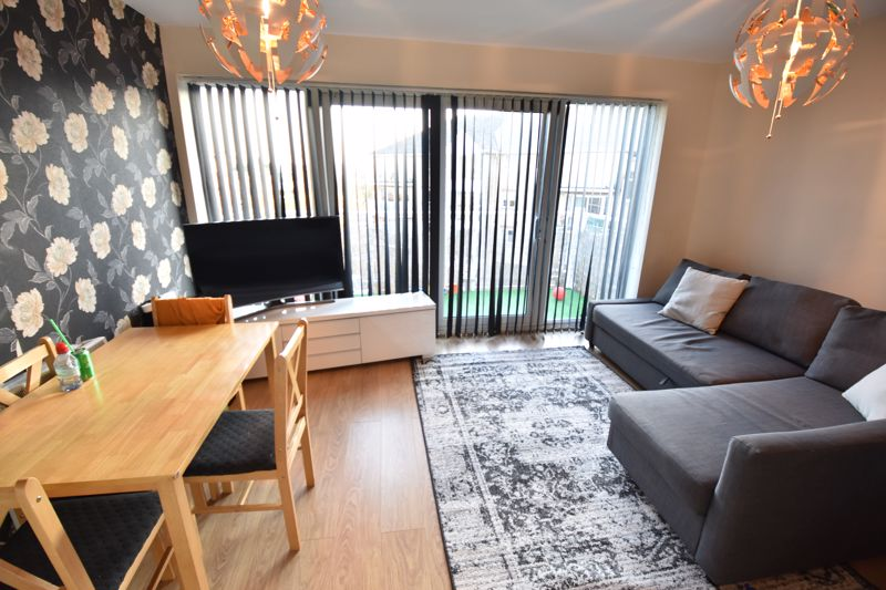 2 bedroom  to buy in Foxglove Way, Luton - Photo 1
