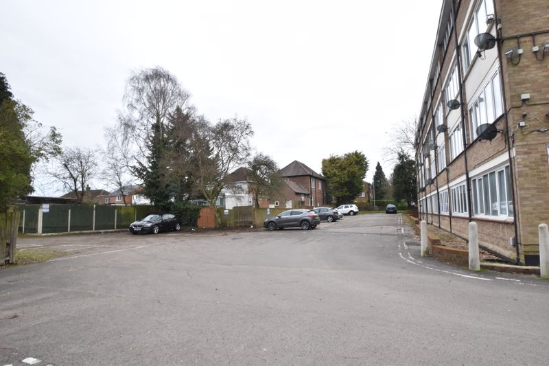0 bedroom Apartment / Studio to buy in Dunstable Road, Luton - Photo 4