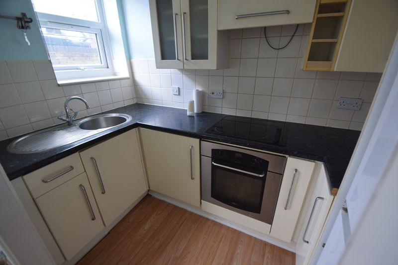 1 bedroom Apartment / Studio to rent in Clarendon Road, Luton - Photo 10