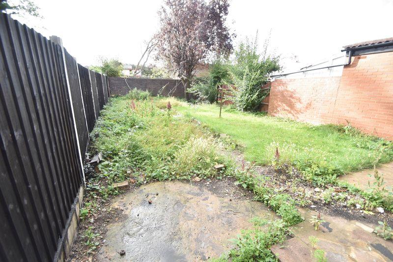 3 bedroom  to buy in Kingsway, Luton - Photo 10