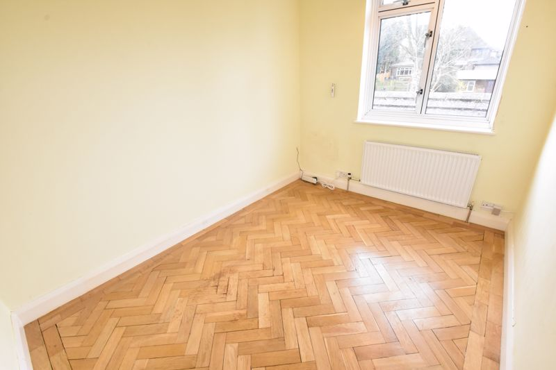 4 bedroom Semi-Detached  to rent in Priory Gardens, Luton - Photo 22