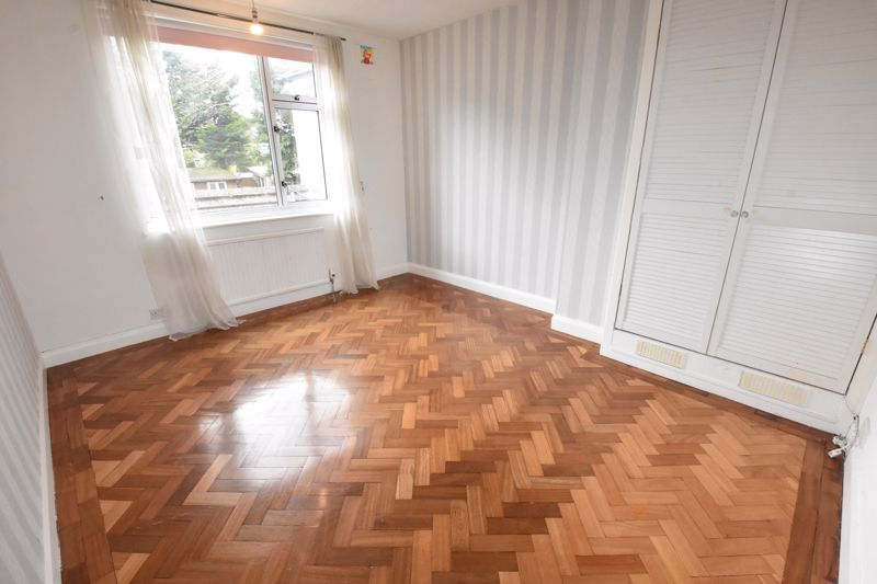 4 bedroom Semi-Detached  to rent in Priory Gardens, Luton - Photo 23