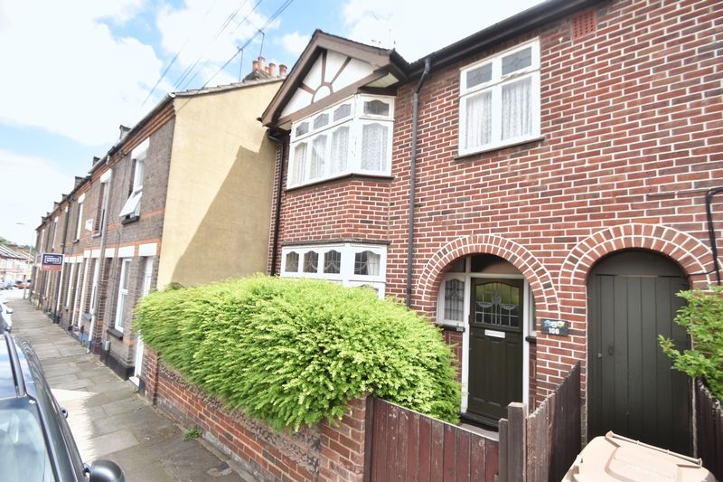 3 bedroom Mid Terrace to buy in Strathmore Avenue, Luton