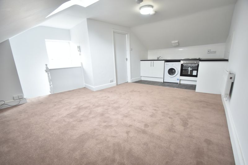 0 bedroom Flat to rent in North Street, Luton - Photo 9