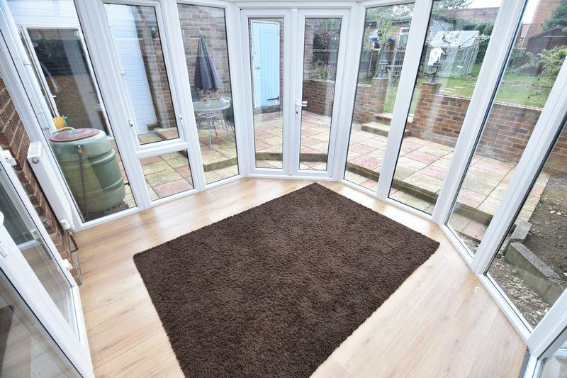 3 bedroom Semi-Detached  to buy in Cowridge Crescent, Luton - Photo 5
