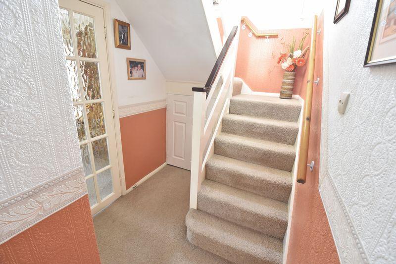 3 bedroom Detached  to buy in Benson Close, Luton - Photo 12