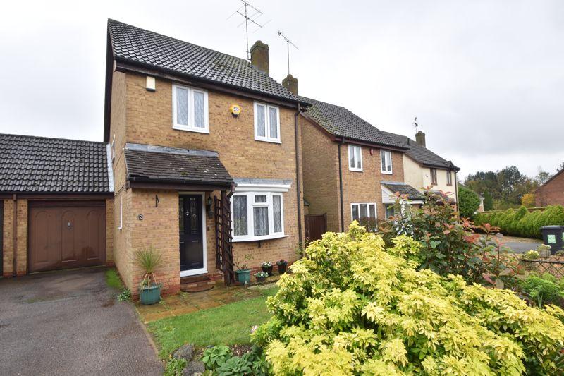 3 bedroom Detached  to buy in Bowbrookvale, Luton