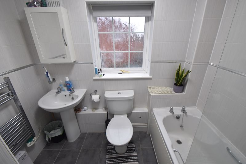 1 bedroom Maisonette to rent in Lindsay Road, Luton - Photo 3