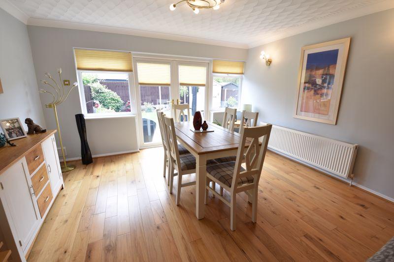 3 bedroom Semi-Detached  to buy in Beaconsfield, Luton - Photo 14