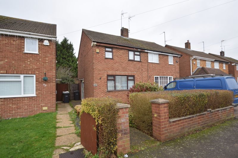 2 bedroom Semi-Detached  to buy in Peartree Road, Luton - Photo 11