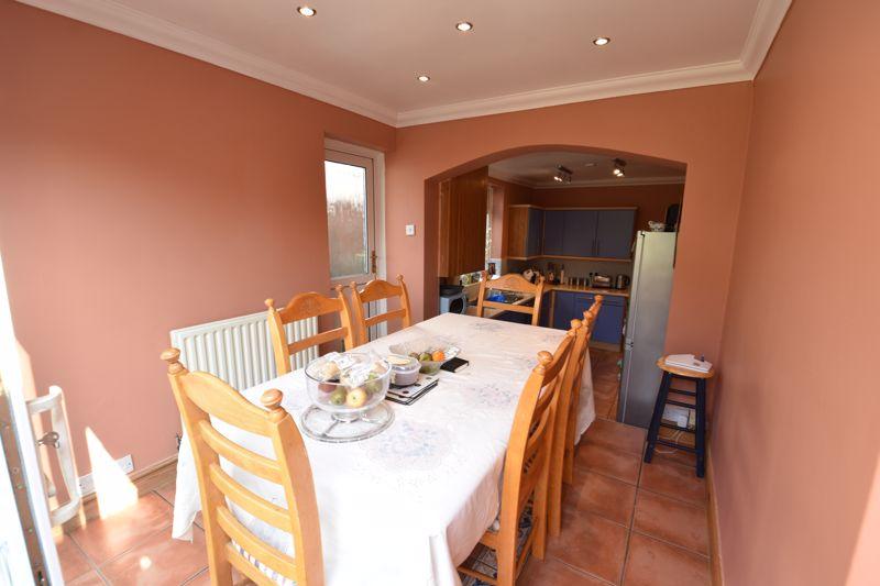 3 bedroom  to buy in Colin Road, Luton - Photo 4