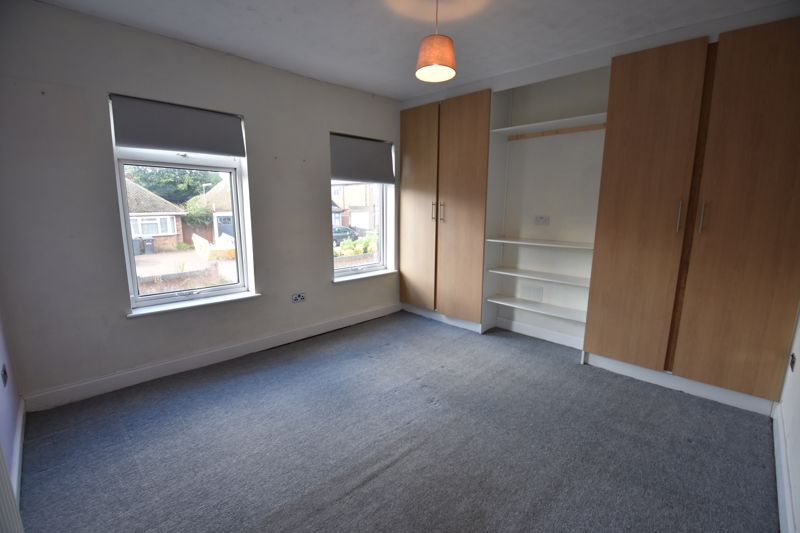 3 bedroom  to rent in Ashcroft Road, Luton - Photo 15