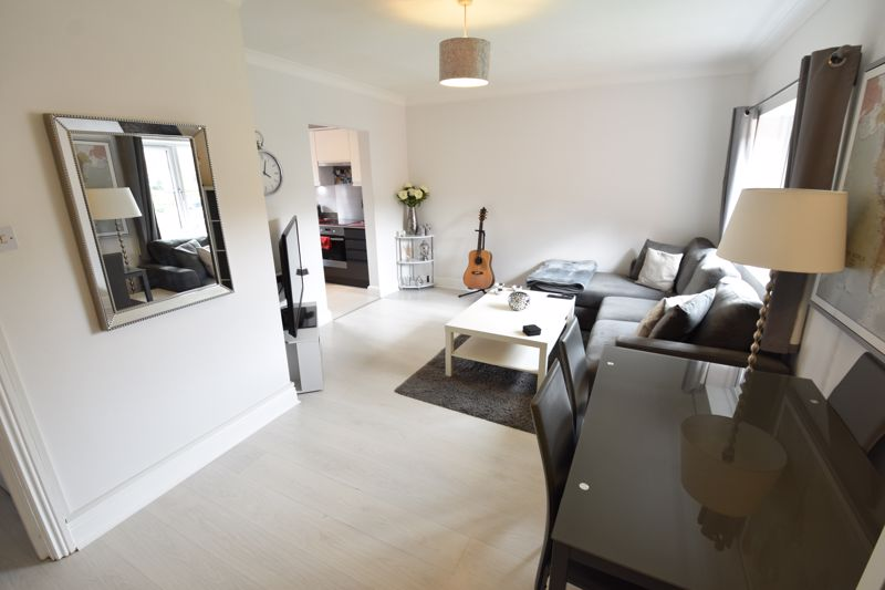2 bedroom Flat to buy in Saddlers Mews, St. Albans - Photo 6