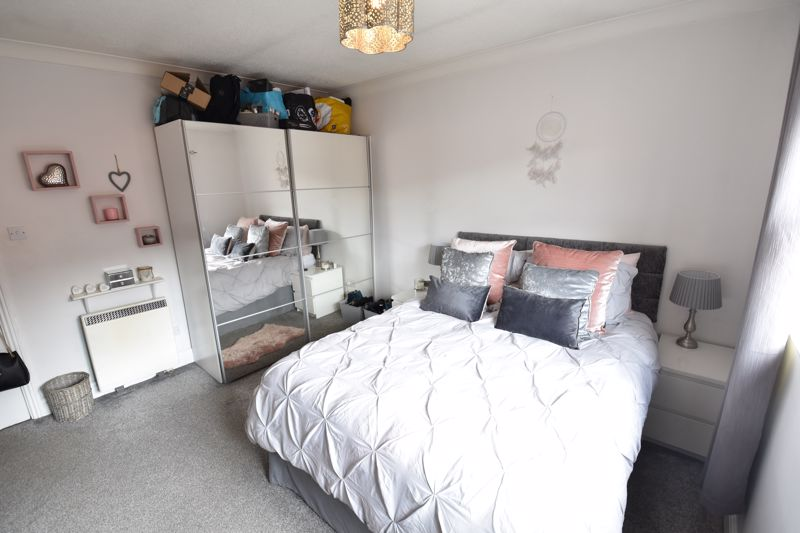 2 bedroom Flat to buy in Saddlers Mews, St. Albans - Photo 11