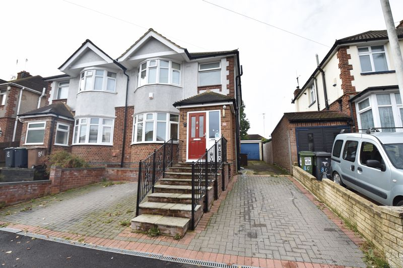 3 bedroom Semi-Detached  to buy in Walcot Avenue, Luton